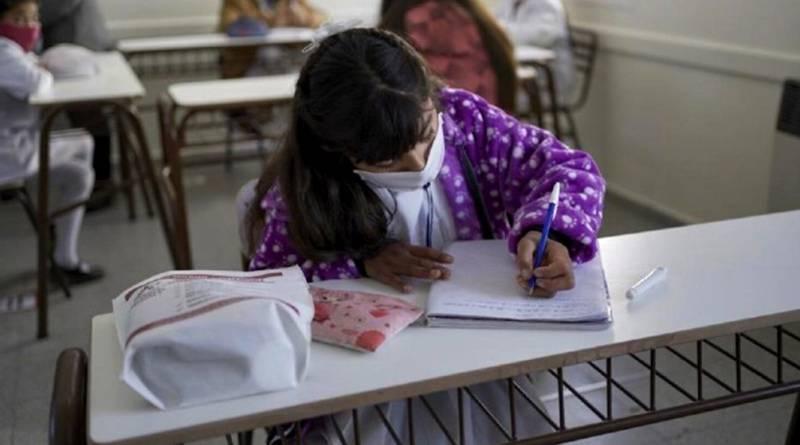 Educación: Persisten los reclamos de los gremios frente al ministerio porteño